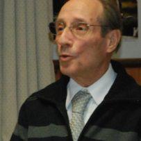 Civica benemerenza a Mario Cari