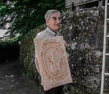 Terracotta Stemma Comune di Volterra: Giovanni Ticciati artista